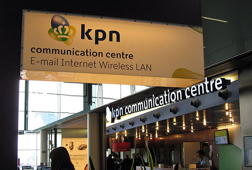 """KPN Display is part of the redesign of the corporate identity of KPN (Royal Dutch Telecom) by Studio Dumbar. The type family has three weights, each containing over 700 glyphs, categorised in three different styles (sets) from sober to exuberant. Every style has a set of connected lowercase glyphs (the slogan line of KPN is """"Sluit je aan"""" which means """"connects you""""). Every weight also has a collection of swashed lowercase and uppercase characters."""